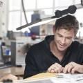 TAG Heuer-Markenbotschafters und Hollywood-Schauspieler Chris Hemsworth besuchte TAG Heuer in La Chaux-de-Fonds