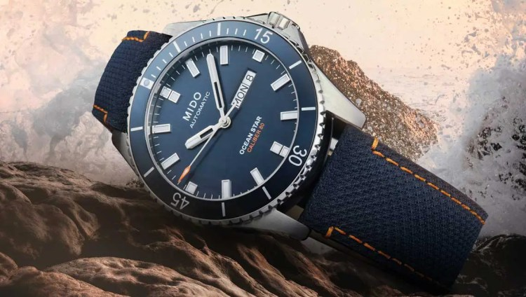 1140.Mido Ocean Star 200 Red Bull Cliff Diving limited Edition