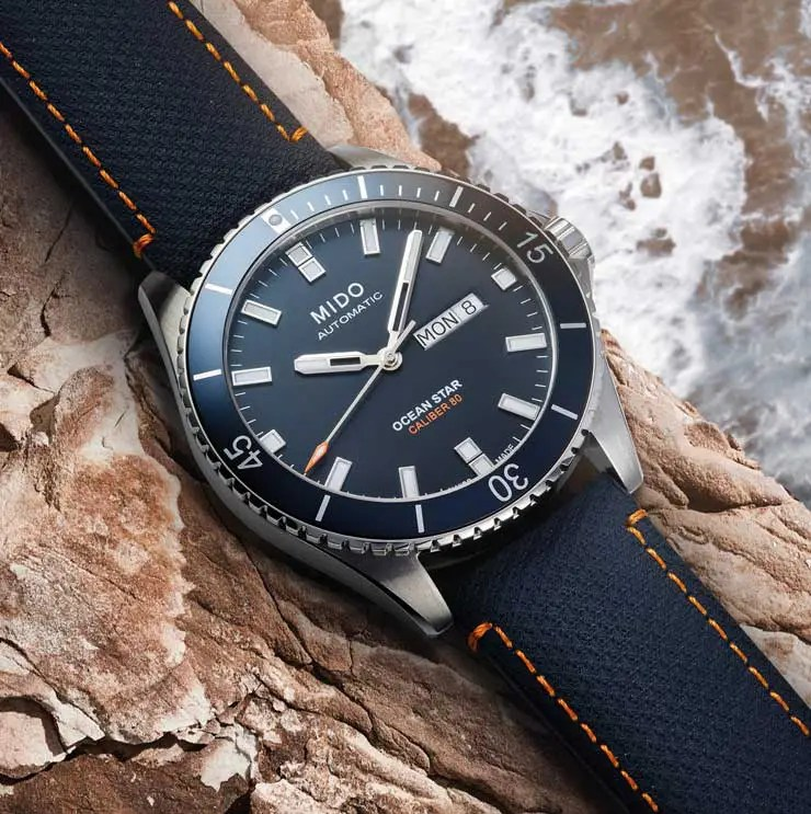 740.2 Mido Ocean Star 200 Red Bull Cliff Diving limited Edition