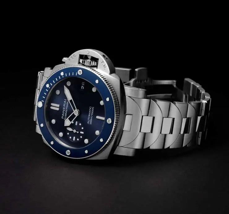 740.2 Panerai Submersible Blu Notte (Ref. PAM01068)