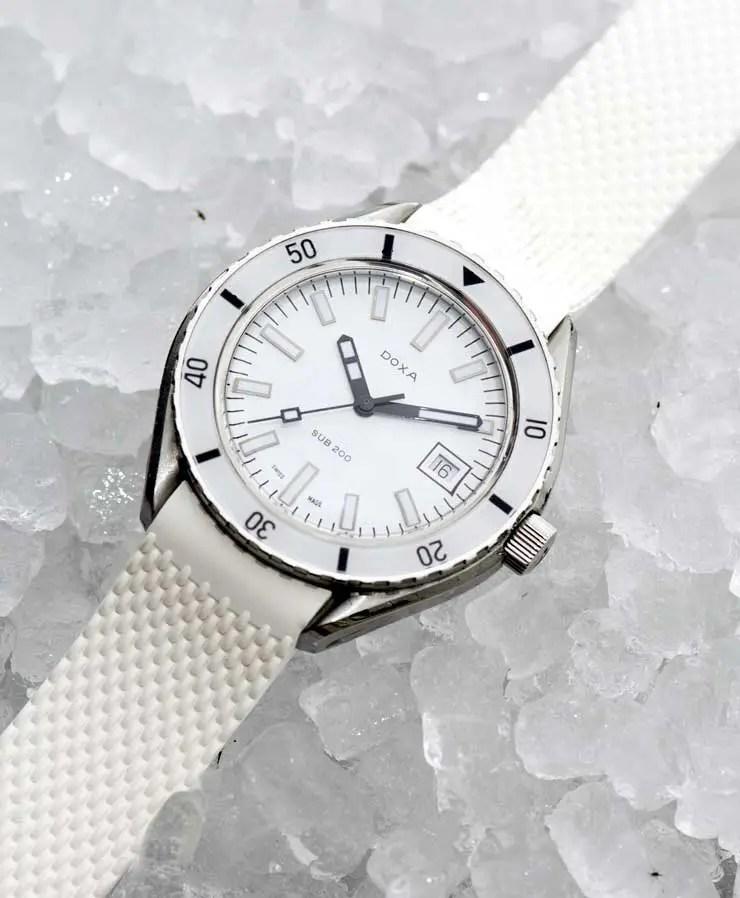 740.iceDoxa SUB 200 Whitepearl