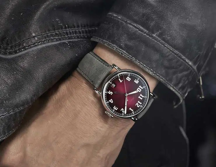 740 ws H. Moser & Cie Heritage Dual Time