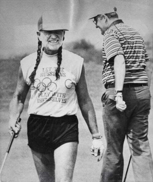 Willie Nelson at a golf course, 1984 via thisisnotporn.net
