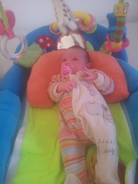April, née le 16 octobre 2014