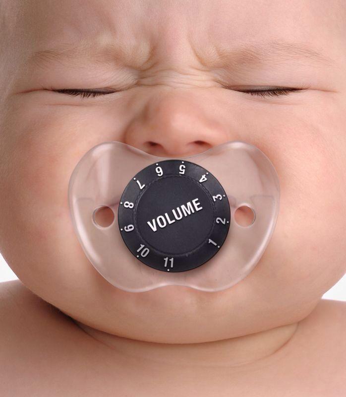 la sucette qui regle le volume des pleurs de bebe
