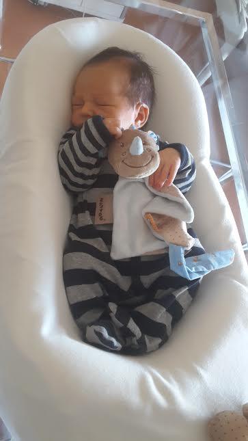 Ethan, né le 8 avril