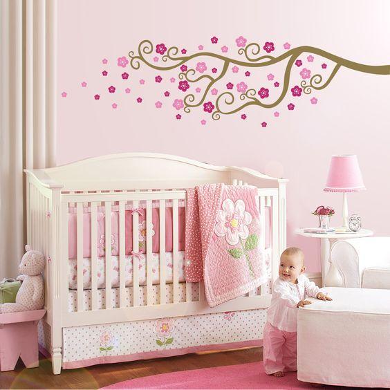 chambre bebe rose sticker branche et fleurs