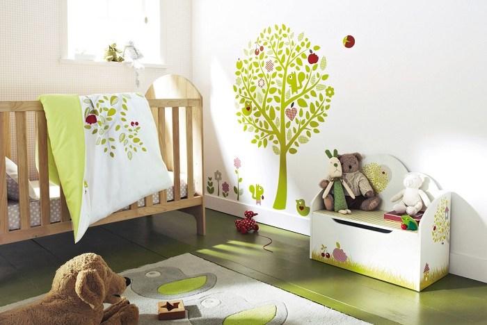 7 chambres pour bébé qui vous feront aimer la tendance des stickers ...