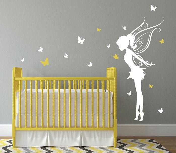chambre jaune et grise bebe petite fee