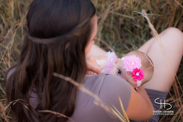 Heather-sansone-photographies-mamans-qui-allaitent-bebe-19