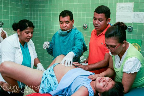 photographies-naissances-bebes-a-travers-le-monde-11