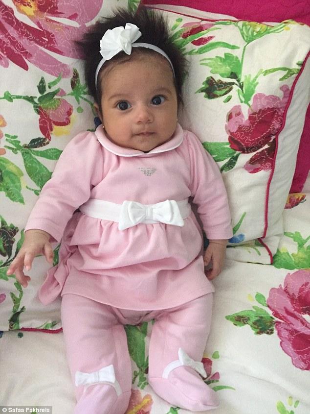 wafaa safaa bebe cheveux fous