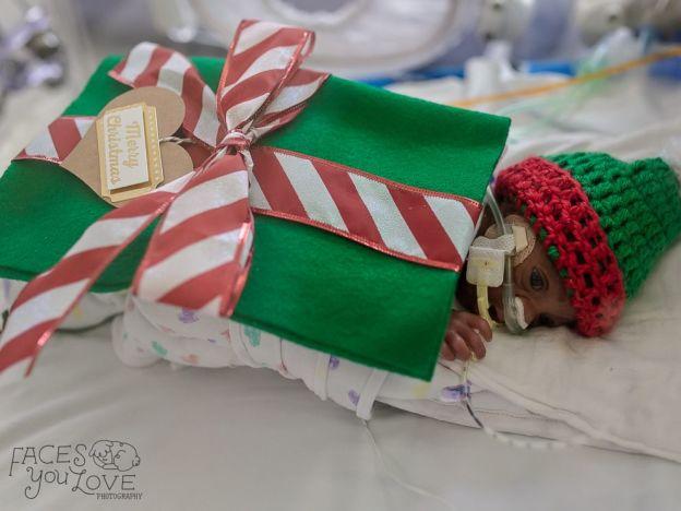 bebe cadeau pere noel 7