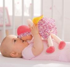 4 choses à savoir absolument avant de choisir  un joli doudou Corolle pour son bébé