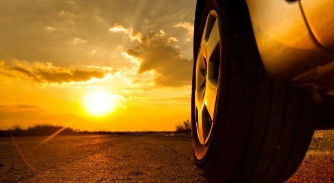 Revisar neumáticos en verano