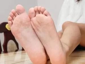 bruciore ai piedi e diabetes