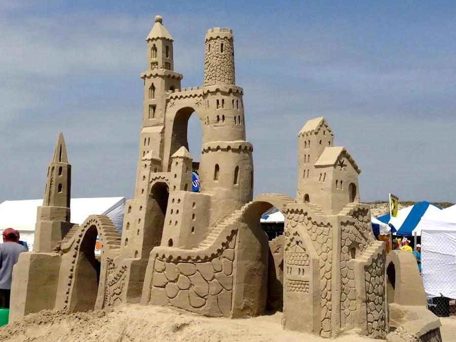 castillos de arena luis gaviria