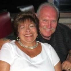 Linda and Gary laugh 300 x 300