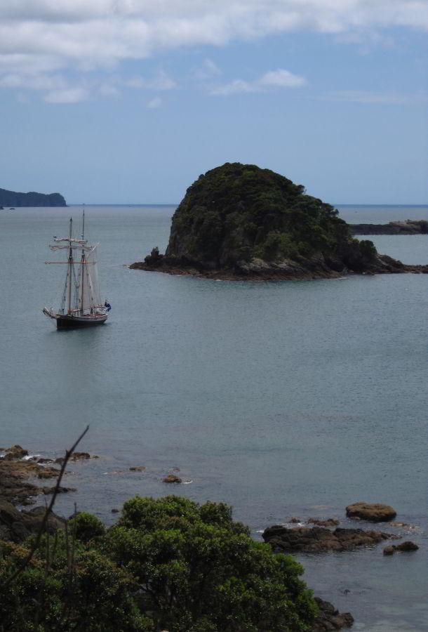Bay of Islands mit der R. Tucker Thompson
