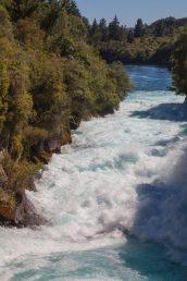 Waikato River am Huka Falls