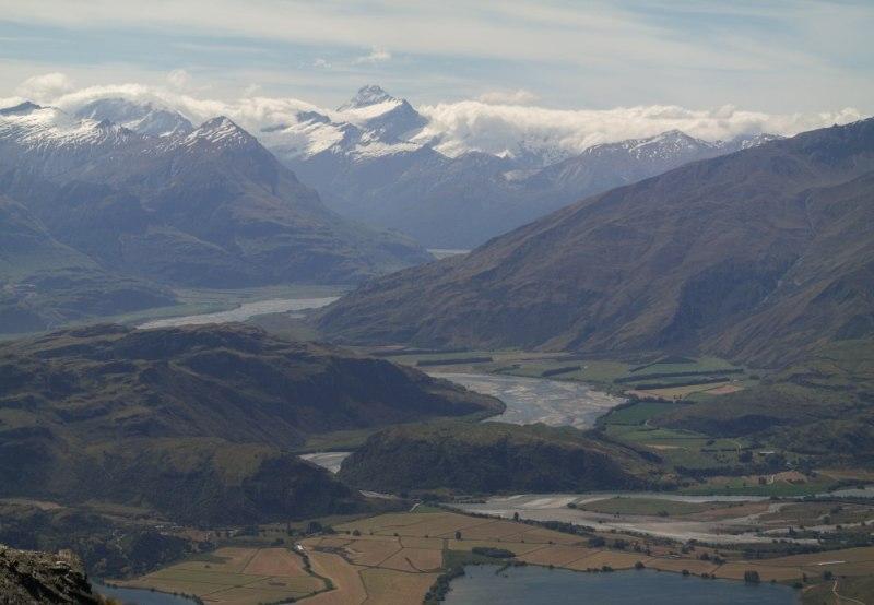 Blick auf die Ebene vor dem Mt. Aspiring National Park