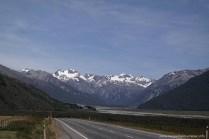 Blick über das Tal des Waimakariri Rivers