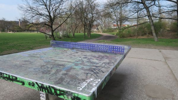 Tischtennis-Platte am Alaunplatz