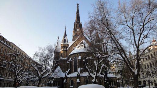 Die Martin-Luther-Kirche von hinten.