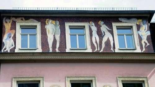 Figürliche Kunst auf der Rudolf-Leonhardt-Straße