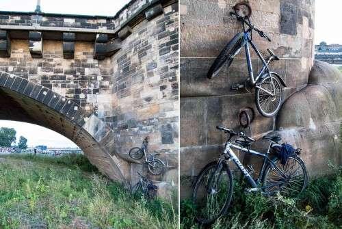 Fahrradsicherung am Elbufer, gesehen von Georg.