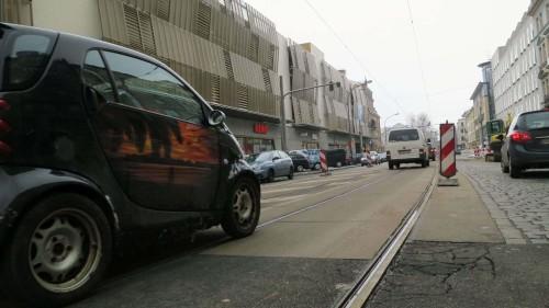 """Noch rollt der Verkehr über die """"Bautzner"""", die Straße wird erst in der nächsten Phase teilweise gesperrt."""