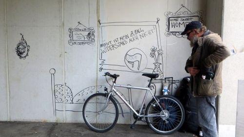 """Hollis """"Wohnung"""" auf der Kamenzer Straße - Foto: streetart-dresden.de."""