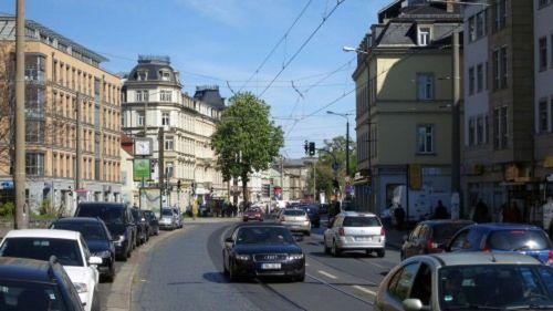 Entgegen früheren Plänen kann die Bäckerei Rißmann stehen bleiben.