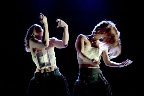 "Sanpapiè dance and physical theatre, Milano (I) ""2+2=5"" im Projekttheater Foto: Sanpapié"