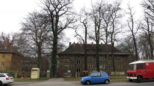 Insgesamt knapp 150 Wohnungen gibt es in dem Komplex oberhalb des Hechtparks