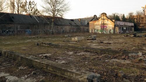 Das Gelände gehört nach wie vor dem Freistaat Sachsen.