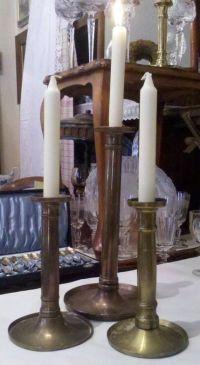 Auf der Hauptstraße geklaut: Kerzenständer aus Messing