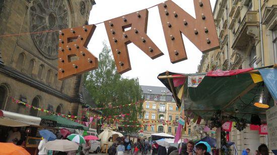 Bunte Republik Neustadt am Martin-Luther-Platz - Foto: Archiv 2015