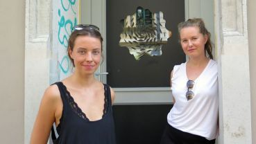 Luise Koenitz und Bettine Zabel vor ihrem Sprout