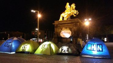 Zelte am Goldenen Reiter