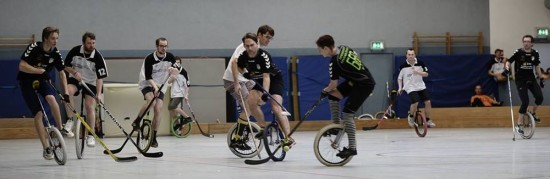 Einradhockey: eine Party dauert 15 Minuten - Foto: Matěj Koudelka