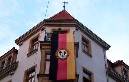 das Stadtteilhaus mit BRN-Flagge