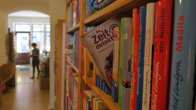 Demnächst mit mehr Jugendbüchern.