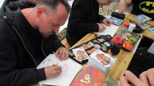 """Sascha Wüstefeld's Comic-Reihe """"UPgrade"""" widmet sich der Science-Fiction."""