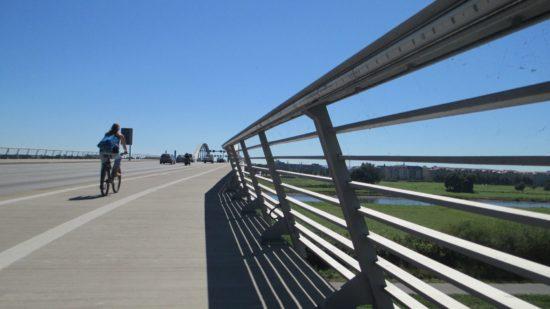 Prädikat: gar nicht mal so unpraktisch. Die Waldschlößchenbrücke.