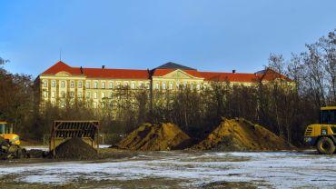 Auf diesem Gelände sollen neue Wohnungen entstehen.