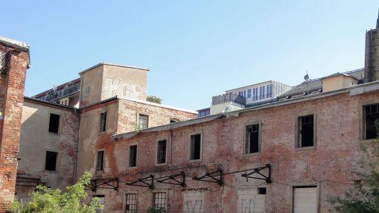 Noch 2011 war die alte Sauerkrautfabrik eine Ruine.