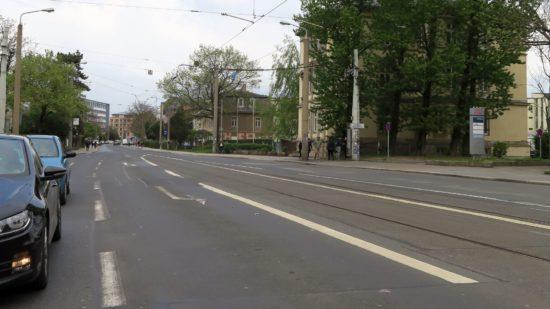 Königsbrücker Straße zur Mittagszeit.