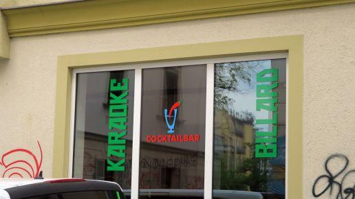 Neue Karaoke-Cocktail-Bar auf der Böhmischen Straße - Eröffnung im Mai.