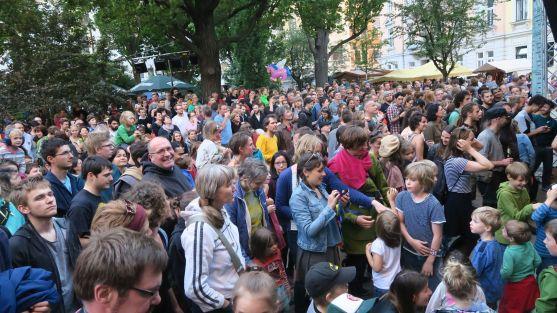 Banda-Internationale-Publikum